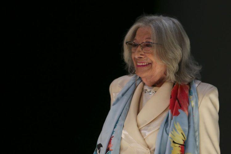 Resultado de imagem para Atriz Eunice Muñoz faz apelo emocionado na véspera do Dia Mundial da Voz