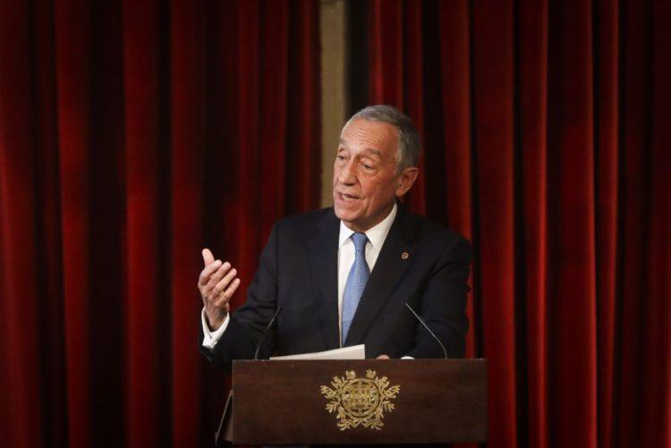 Resultado de imagem para Marcelo promulga lei que penaliza manipulação de resultados desportivos