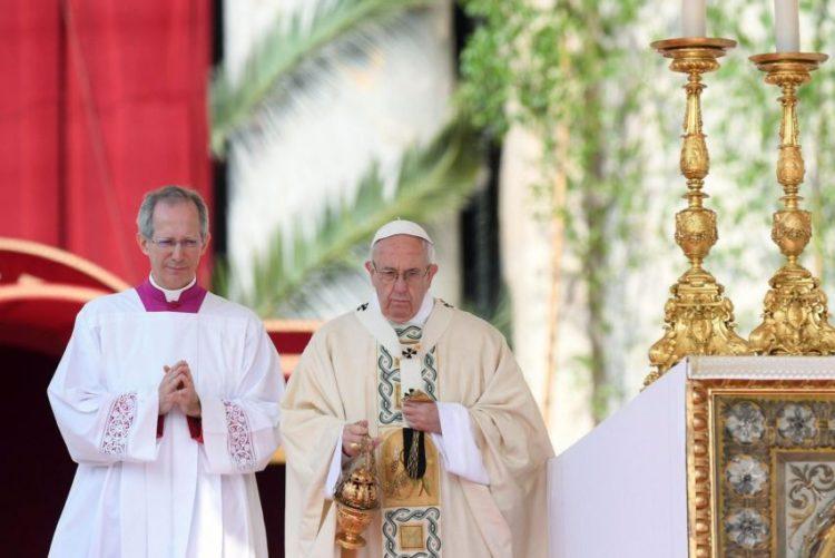 """Resultado de imagem para Papa Francisco apela à paz na Síria, onde reina o """"horror e a morte"""""""
