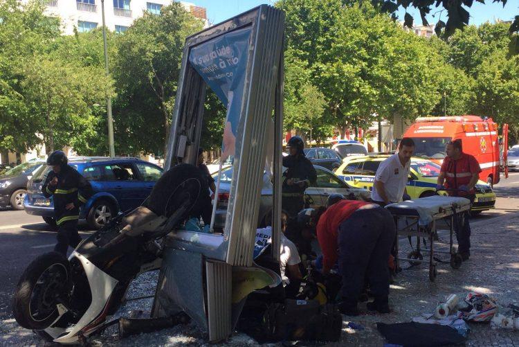 Acidente fatal, Avenida Liberdade Lisboa 18986378_10210187951875078_789577212_o-750x501
