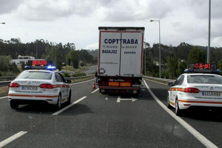 Resultado de imagem para A1 cortada nos dois sentidos entre Mealhada e Coimbra Norte