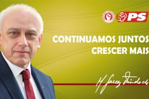 Presidente de Câmara do PS festeja com gesto obsceno aos rivais