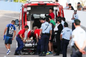 Última hora: Jogador do Moreirense retirado de campo inanimado
