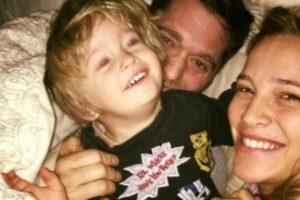 Michael Bublé partilha fotos do filho após luta contra o cancro