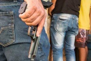 Guerra de gangues faz 2 mortos e 7 feridos em menos de 48 horas [vídeo (+18)]