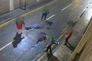 Polícia inglesa procura grupo que atacou família à saída de bar [vídeo]