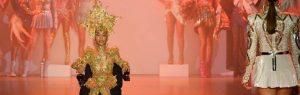 Modelo em cadeira de rodas brilha na Semana de Moda de Nova Iorque