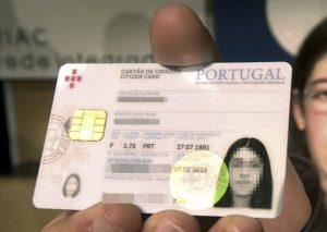 Mudar a morada do cartão de cidadão muda automaticamente nas finanças?