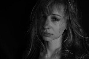 violência doméstica | Mulher estrangulada até à morte ignorada por médicos e GNR