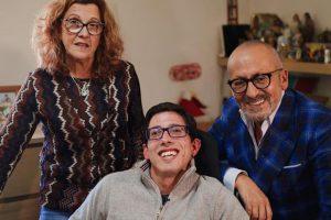 Jovem com paralisia já recebeu a cadeira de 11 mil euros oferecida pelo «tio Goucha»