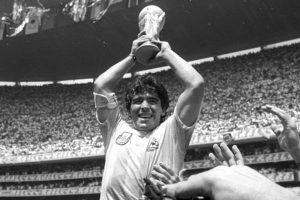 Diego Maradona alimentava 50 famílias em segredo