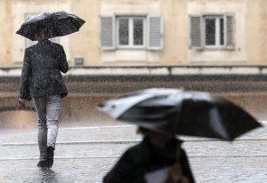 Depressão Gaetan traz a Portugal muito chuva e vento até quarta-feira