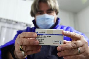 Covid-19: Nenhum caso de coágulos sanguíneos na UE devido a vacina Janssen