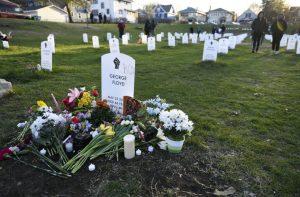 Cúmplices do homicida de George Floyd só vão a julgamento em março de 2022