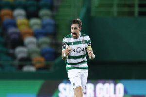 O futebolista internacional uruguaio Sebastián Coates, do já campeão Sporting, foi eleito pelos treinadores da Liga nos como o melhor jogador do mês de abril da competição, anunciou hoje em comunicado a Liga de clubes.