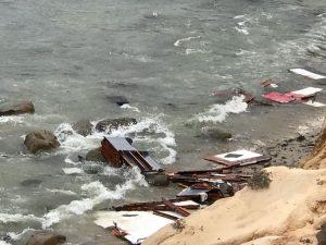 Naufrágio na costa da Califórnia faz 3 mortos e 27 feridos