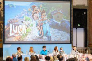 """Pixar explora nostalgia, inclusão e amizade com monstros do mar no novo filme """"Luca"""""""