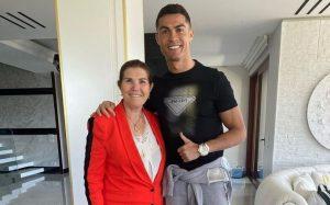 Dolores Aveiro partiu dentes e desmaiou quando Ronaldo foi convocado para a Seleção