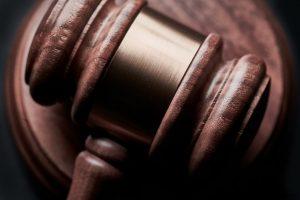 Luso-canadiano 14 anos preso por violar 2 estrangeiras no Algarve