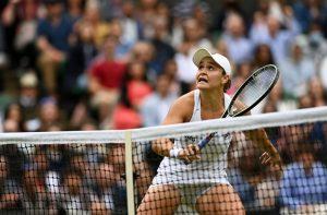 Ashleigh Barty vence Pliskova e sagra-se campeã em Wimbledon
