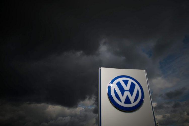 Coreia do Sul passa multa recorde à Volkswagen por publicidade enganosa
