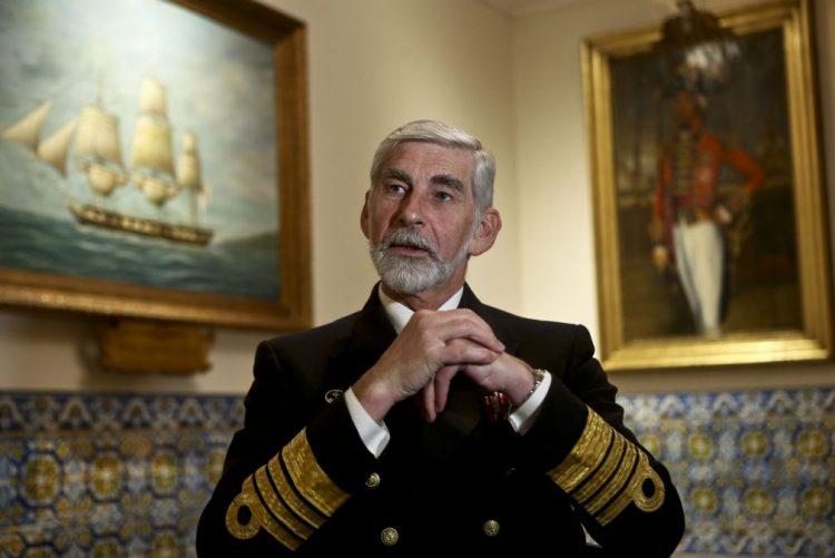 Marinha navega em meios envelhecidos e sem verbas para manutenções programadas