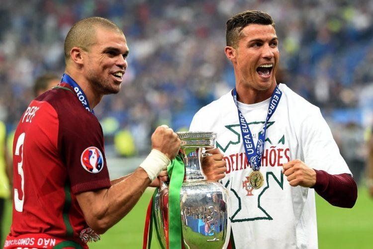 872b83ad2 Cristiano Ronaldo e Pepe entre os 55 candidatos ao  onze do ano  da FIFPro