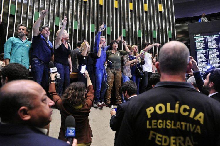 Câmara dos Deputados do Brasil aprova nova Lei de Migração