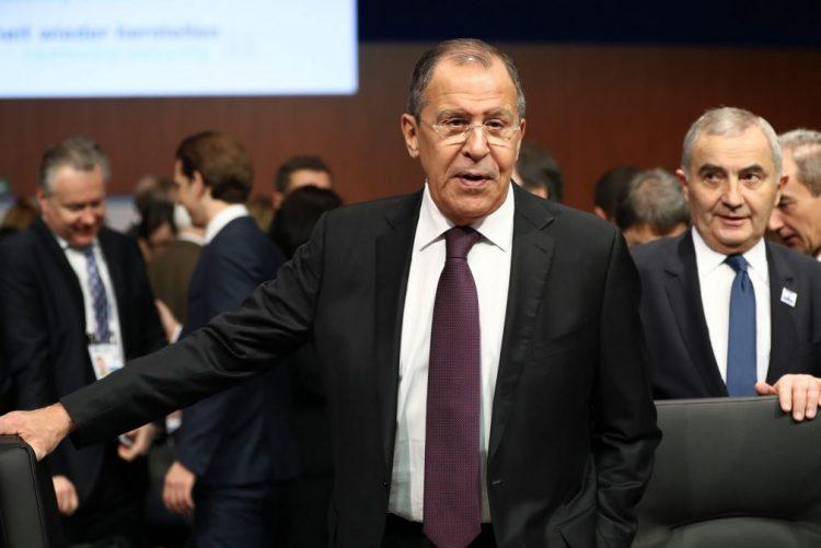 Lavrov exige respeito e rejeita