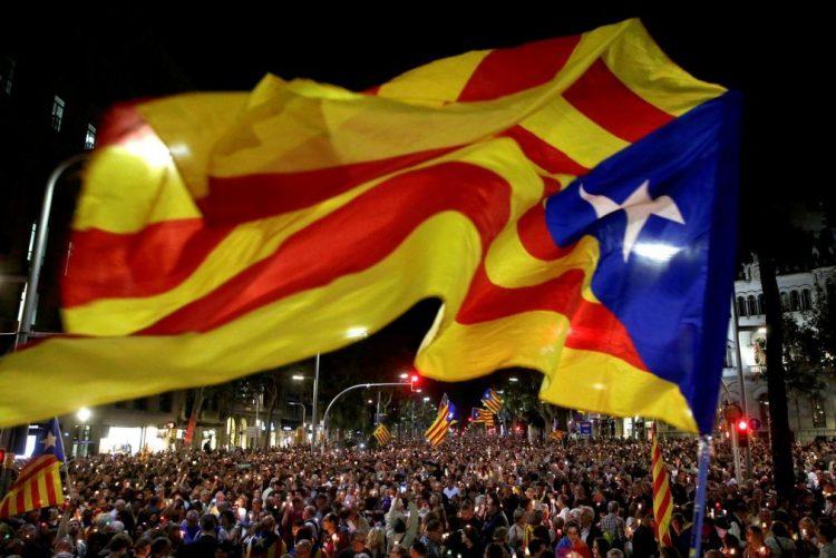 Quase 1.200 empresas retiraram a sede social da Catalunha desde o referendo