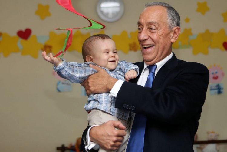 Marcelo apela à convergência dos portugueses e ao espírito de família