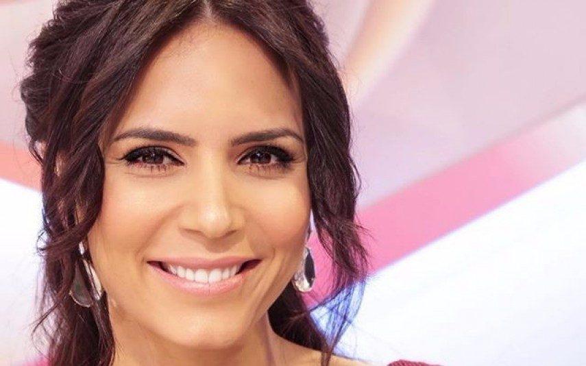 Olívia Ortiz sofre problema de pele há três anos