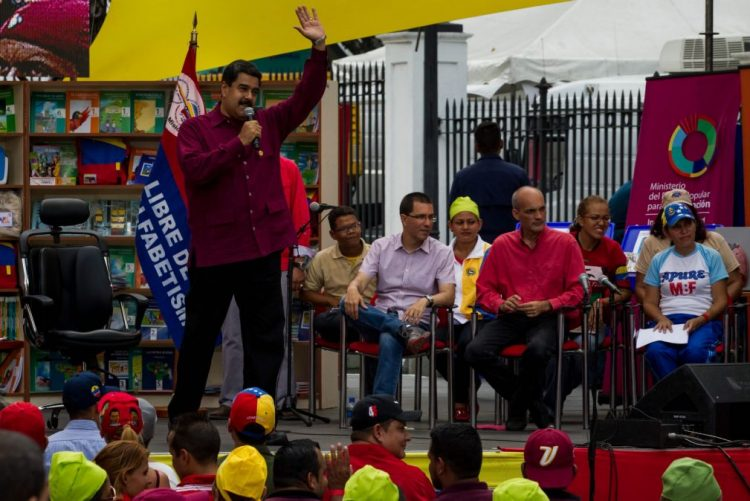 Presidente venezuelano diz que Michel Temer é um