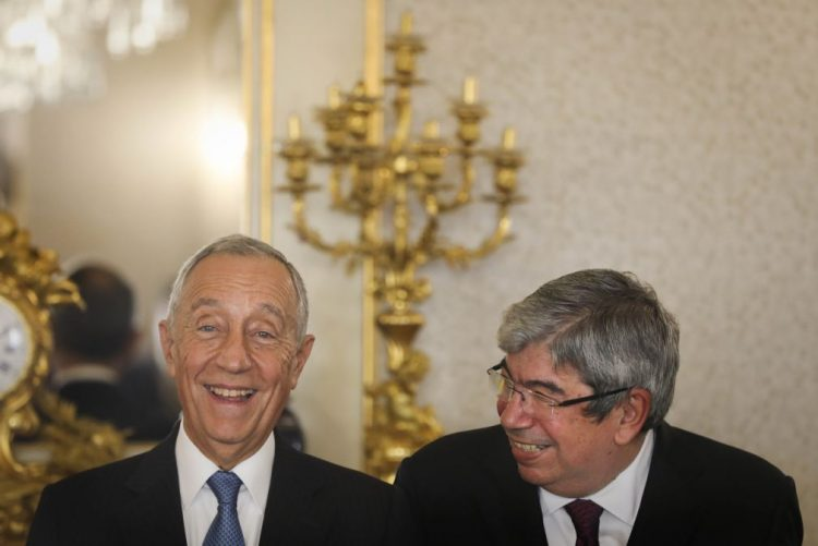 Ferro Rodrigues felicita Marcelo pelo primeiro ano de mandato em Belém