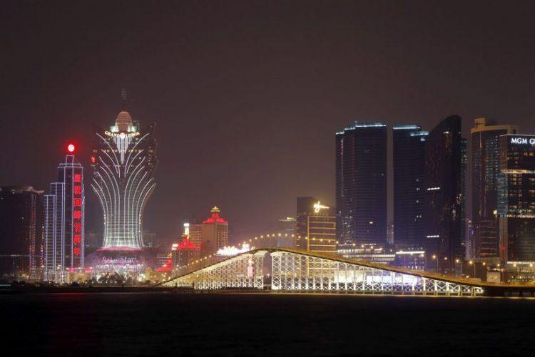 Salário mínimo que exclui empregados domésticos e deficientes em consulta pública em Macau