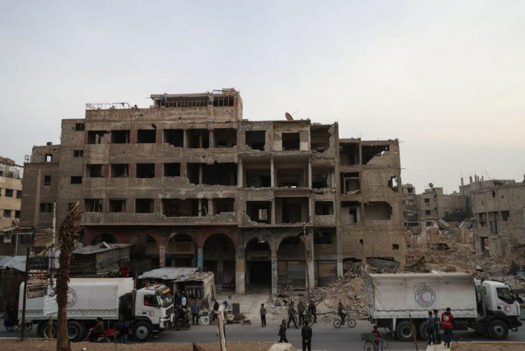 Síria: Deslocamentos forçados são como crimes de guerra, acusa Amnistia Internacional