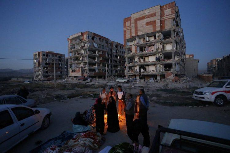 Sobe para pelo menos 164 mortos número de vítimas do sismo no Irão - TV