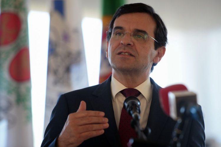 Ministro da Saúde anuncia 1,4 mil milhões de euros para pagar dívidas a fornecedores