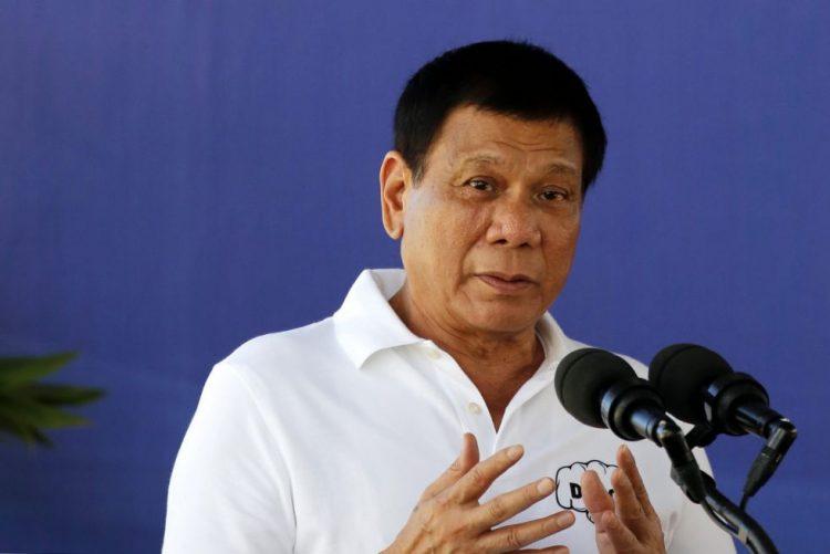 Presidente filipino acusado de assassínio, sequestro e tortura