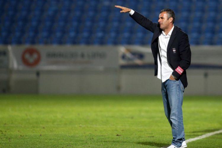 Ivo Vieira assume comando técnico do Estoril-Praia