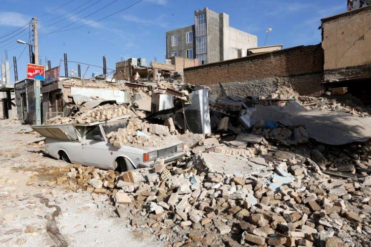 Novo balanço do sismo na fronteira Irão-Iraque dá conta de mais de 400 mortos