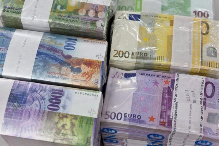 Polícia italiana apreende 28 milhões de euros falsos