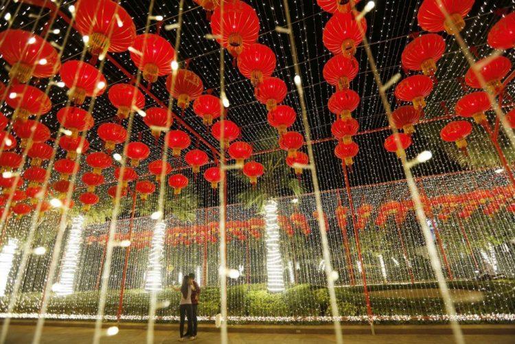 Mais 40 voos 'charter' de e para Macau para responder à procura do Ano Novo chinês