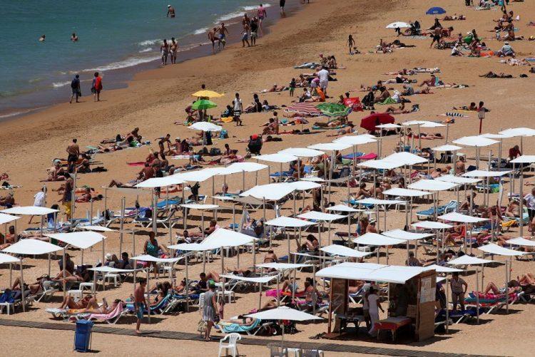 PCP, BE e PAN tentam repor 25 dias de férias e até 28 para função pública