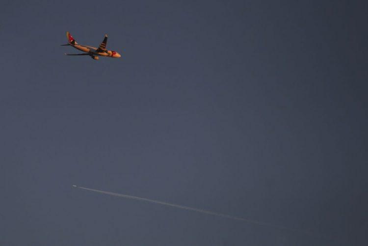 Dez voos desviados de Lisboa para Faro e Porto devido ao nevoeiro