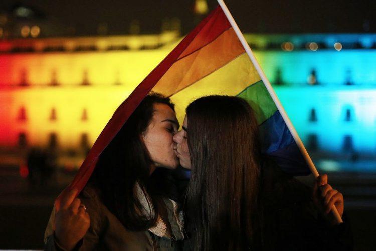 Resultado de imagem para Governo atribui 50 mil euros para projetos de organizações LGBTI