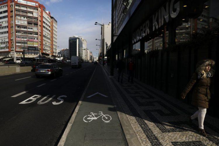 Requalificação do eixo central de Lisboa eliminou 125 lugares de estacionamento