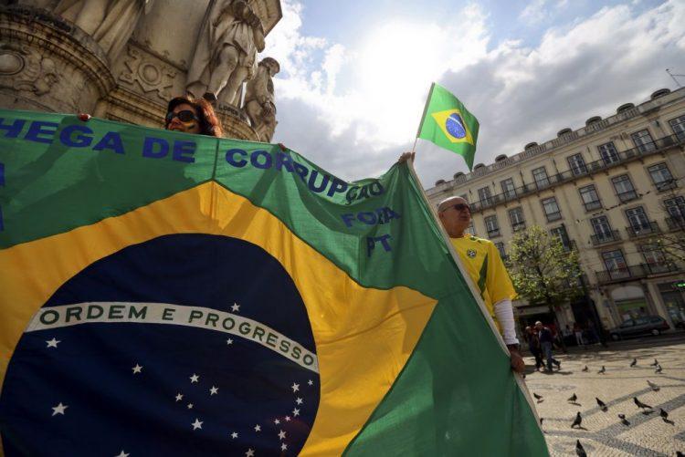 Brasil demitiu mais de 6.000 funcionários públicos acusados de corrupção nos últimos 13 anos