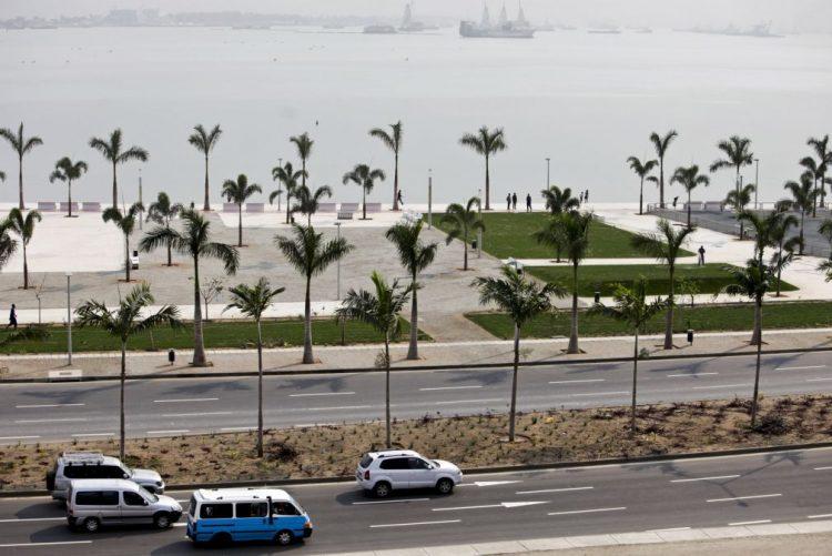 Governo angolano quer arrecadar 24,7 milhões de euros com taxa de circulação automóvel