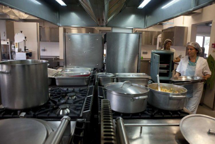Provedor de Justiça denuncia fraca qualidade da comida da prisão-escola de Leiria